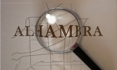 Magnifying.glass.Alhambra.cropped