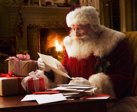 santa-reading-letters