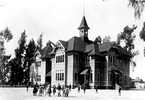 Garfield.School.circa.1900