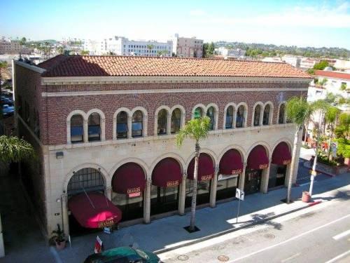 The.Granada.Present.Day